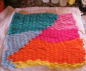 felting, peg loom weaving, and weavingmehome.com image