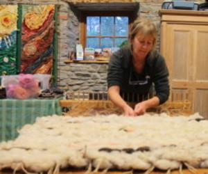 weaving, weaving method, and peg looming workshop image