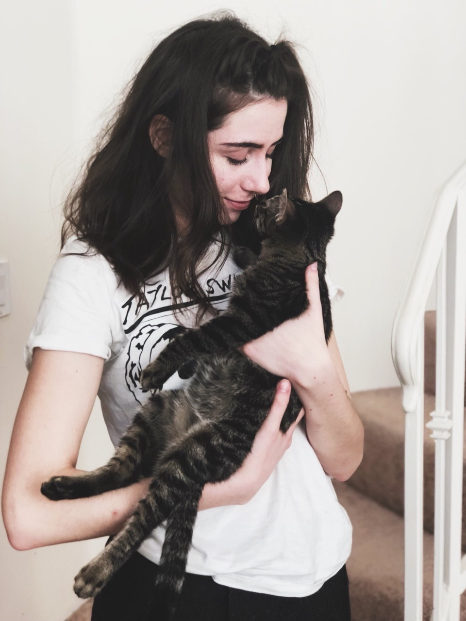 Dodie With Cats Discovered By Chloe On We Heart It
