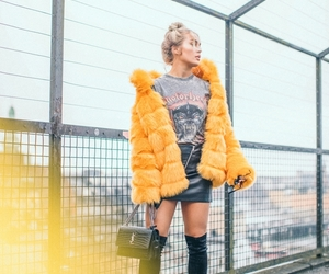 blogger, yellow, and ootd image