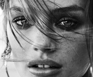 aesthetic, black and white, and eyes image
