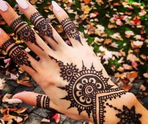 autumn, cold, and henna image