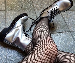 aesthetic, fishnets, and holographic image