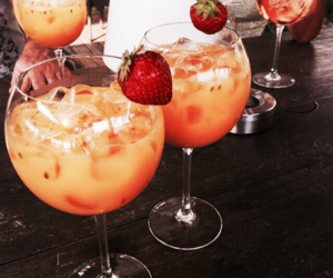 coctails, strawbery, and drink image