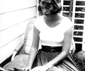 sylvia plath, black and white, and plath image