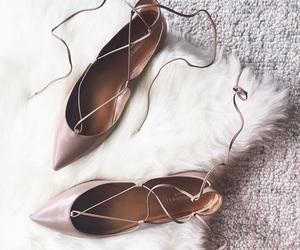 elegant, fashion, and pink image