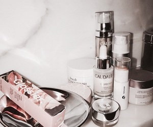 caudalie and glossier image