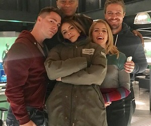 arrow, style, and cw image