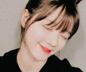 icon, yooa, and oh my girl image