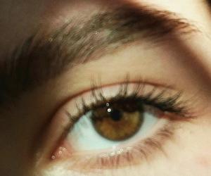 90's, eye, and eyebrows image