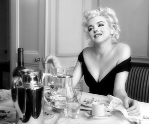 michelle williams, Marilyn Monroe, and my week with marilyn image