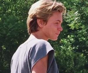 80s, river phoenix, and rip image