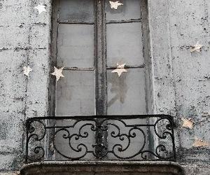stars and window image