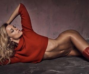 model and flavia lucini image