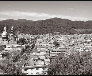 san juan parangaricutiro, pueblos fantasmas, and pueblos image