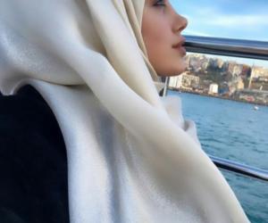 hijab fashion and marziyeesarp-sal image