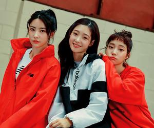 DIA, chaeyeon, and huihyeon image