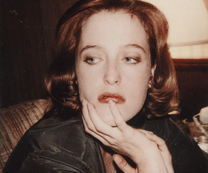 dana scully, gillian anderson, and mulder image