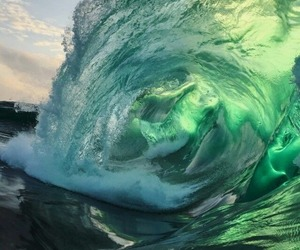 aesthetic, ocean, and waves image