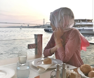 hijab, istanbul, and turkey image