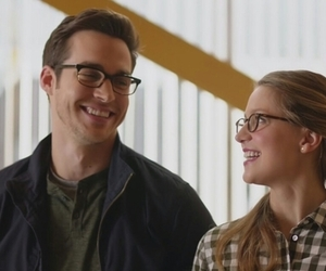 couple, heroes, and mon-el image
