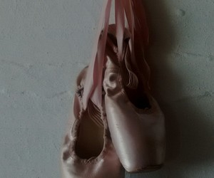 ballet, dance, and pointe shoes image