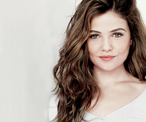 danielle campbell, The Originals, and davina claire image
