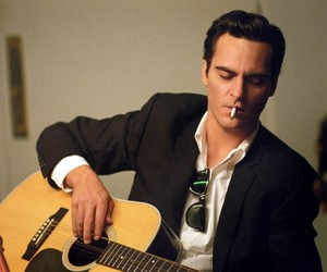 joaquin phoenix, walk the line, and Johnny Cash image
