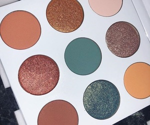 brown, kylie jenner, and eyeshadow image