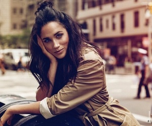 meghan markle and suits image
