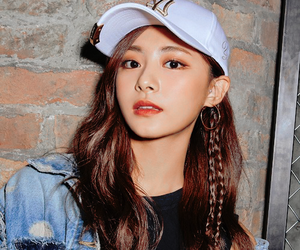 tzuyu, twice, and icon image