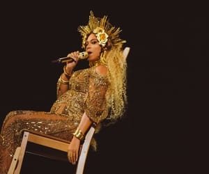 beyoncé, grammy awards, and queen bey image