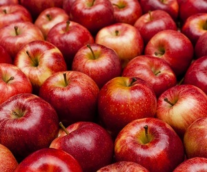 apples, yoonbum, and red image