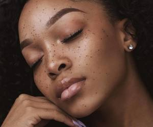 beauty, freckles, and eyebrows image