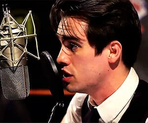 brendon urie, funny face, and singer image