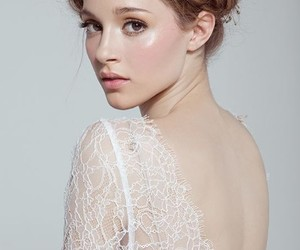 brown eyes, pastel, and natural makeup image