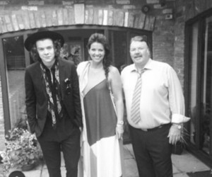 anne, robin, and Harry Styles image