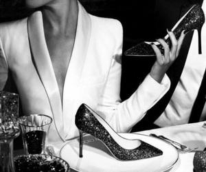 black and white, paris, and blackandwhite paris image