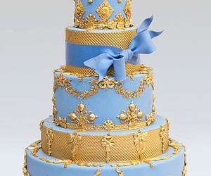 ornate wedding cake image