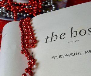 books, reading, and stephenie meyer image