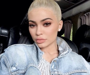 kylie jenner, kylie, and makeup image