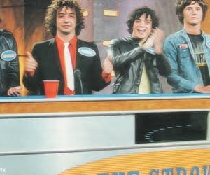 band, header, and julian casablancas image