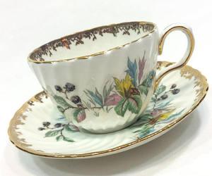 1950s, blackberries, and porcelain image