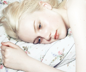 girl, blonde, and pale image