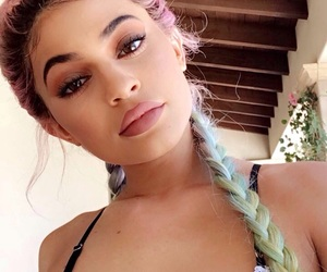 kylie jenner, girl girly lady, and beauty beautiful pretty image