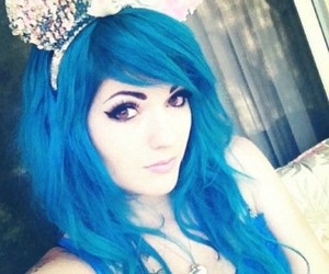 blue hair, emo, and emo girl image