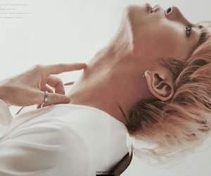 Jonghyun, SM, and shinne image