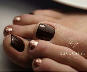 gold, pedicure, and nails image