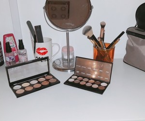 make-up, beauty, and liedschatten image