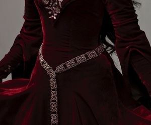 dress, Queen, and red image